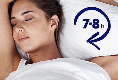 Die Haut arbeitet auf Hochtouren: Im Schlaf startet der Zellregenerationsprozess.