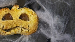 /.content/images/food/Halloween-Kuerbis-Hand-Pies_Karussell.jpg