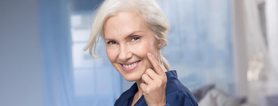 Die NIVEA Vital Pflegeserie ist auf die Bedürfnisse reifer Haut abgestimmt.