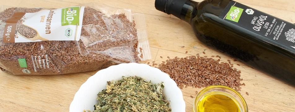 Einfache Naturkosmetik Rezepte: Hautbalsam mit Mädesüß, Leinsamen und Olivenöl.