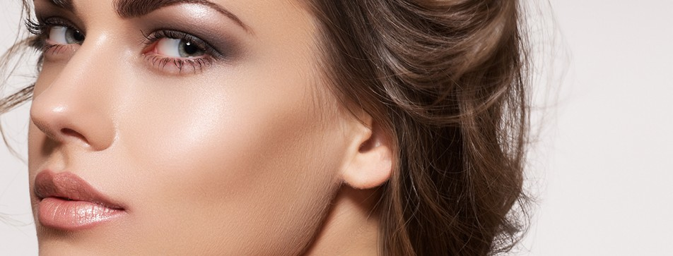 Strobing ist der neue Beauty-Trend.