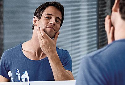 After Shave Produkte beruhigen die Haut und wirken gegen Rötungen.