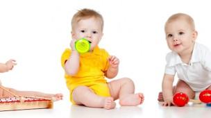 /.content/images/baby/Babys_lernen_greifen_dm_online_shop_karussell.jpg