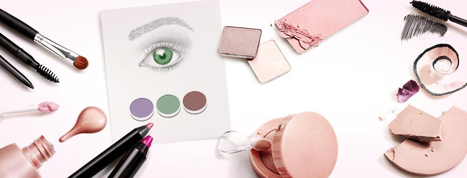 Passende Lidschattenfarbe für grüne, braune und blaue Augen.