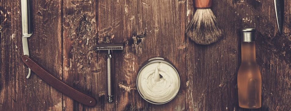 Männergeschenke: Werkzeugkiste und Pflege-Produkte