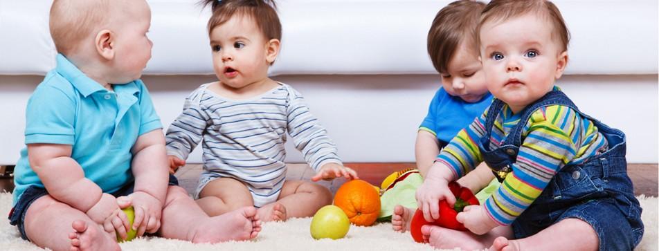 Babys erkennen von Geburt an Farben.