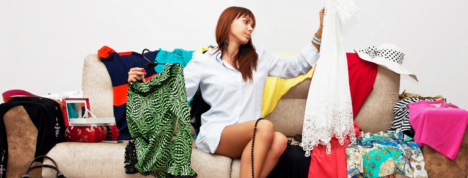 Ordnung in den Kleiderschrank bringen