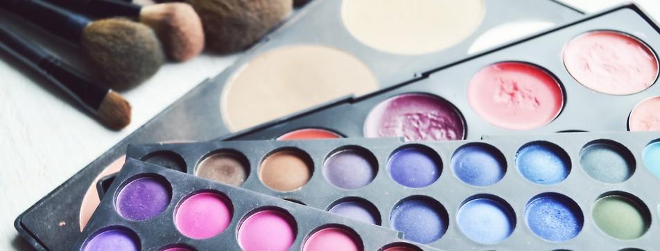Multi-Color Correcting: Diese Farbe decken Hautrötungen, Augenringe und Co. ab.