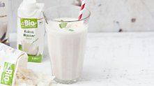 /.content/images/food/Karussell_weisser-Smoothie_1366x521px.jpg