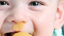 /.content/images/baby/Essen_lernen_Karussell_1366_521.jpg