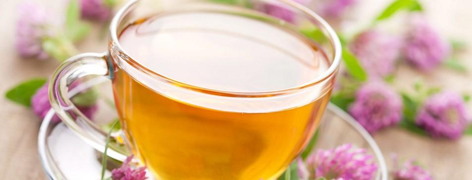 Bei Hitze kühlt warmer Tee den Körper