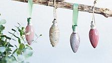 Baumschmuck aus Glühbirnen