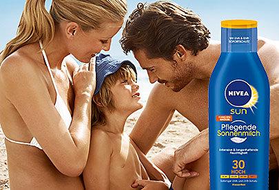 Feuchtigkeit und Schutz für die Haut: Pflegende Sonnenmilch von NIVEA SUN.