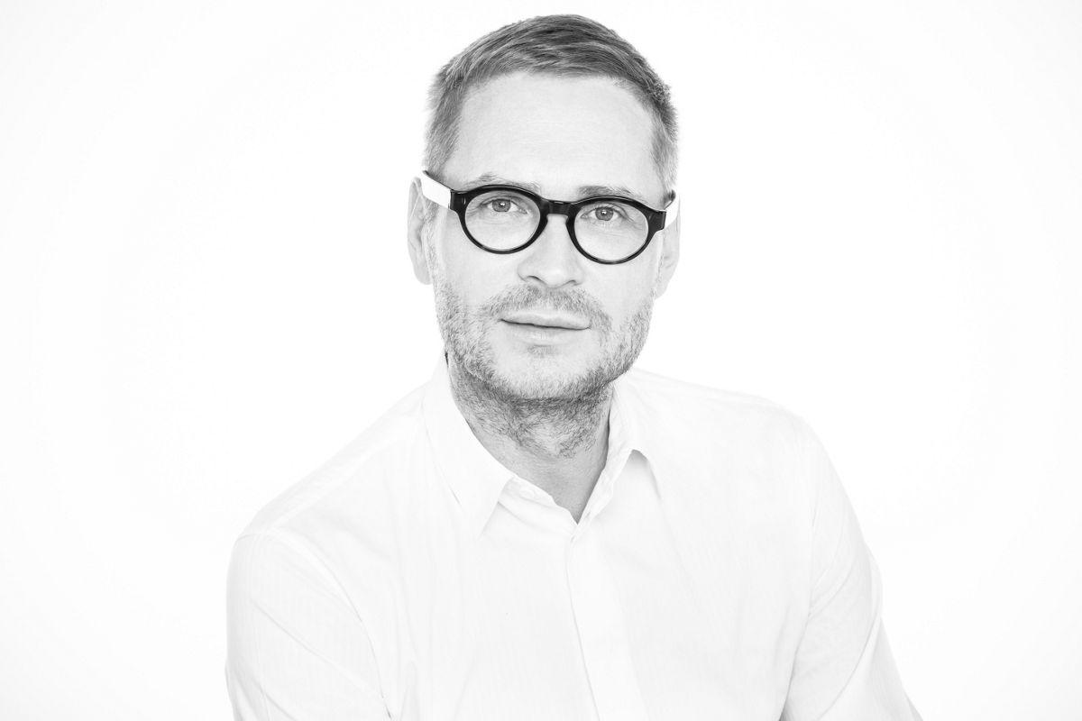 Top-Visagist Sergej Benedetter über s.he – dm Online Shop