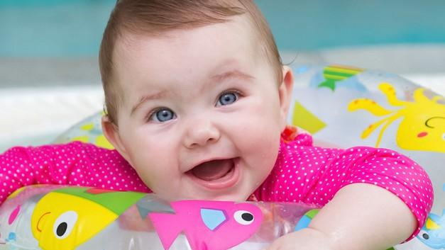 /.content/images/baby/Babyschwimmen.jpg